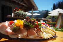 Die Winkleralm in Saalbach | Die Alm, fabelhafte Aussichten im Sommer